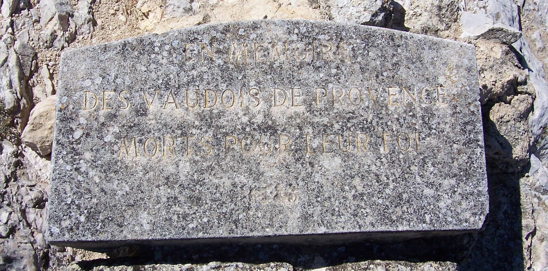 En_mémoire_des_Vaudois_de_Provence_morts_pour_leur_foi